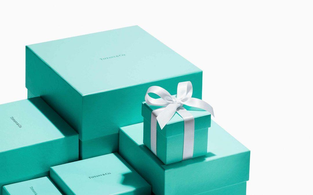 ¿Adiós al icónico color azul Tiffany? Estrategia o Inocentada